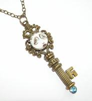 Key-Per Of The SNOOKS Necklace with Blue Rhinestone