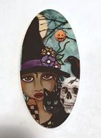 Halloween Friends Dark Beauty Large Oval