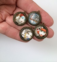 Alice In Wonderland Charm Set of 4
