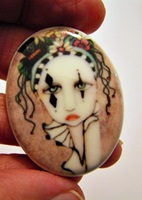 Harlequin Painted Lady Cameo