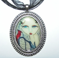 Play Misty For Me Beaded Cameo Necklace