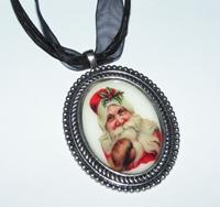 Santa 1 Cameo Necklace Silver Tone