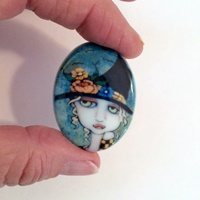 Sea Breeze Witch Cameo